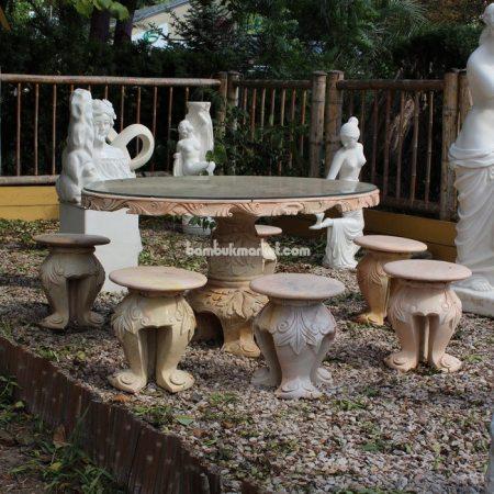 Стол обеденный с резной столешницей - фото 1