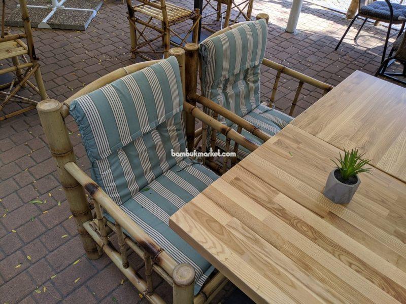 Бамбуковая мебель в экстерьере